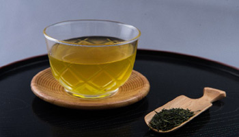 Why Not Hot Green Tea in Summer?