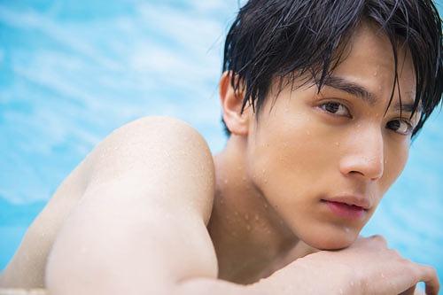 Taishi Nakagawa Photobook: maka hou